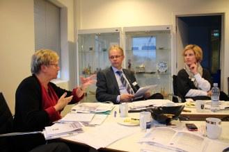 Komitemøte fra 15. januar 2014 med fra venstre fylkesmannog  komiteleder Magnhild Meltveit Kleppa, varaordfører fra Haugesund Sven Olsen og Randi Lofthus fra Haugesund Kultur og festivalutvikling. Foto B. Møen.