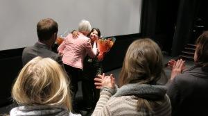 Blomster til Sampat Pal og Torstein Grude i Stavanger Kino