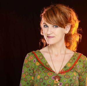 Anne Furubotn markerer Stemmerettsjubileet på Statoil-konserten lørdag 15. juni. Foto: Emile Maximillian Ashley
