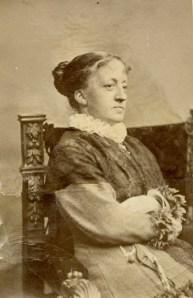 Kitty Kielland fotografert av R. Müller i München rundt 1875/76. Kilde: Privatarkiv nr. 11 – Kiellandarkivet. Statsarkivet i Stavanger.
